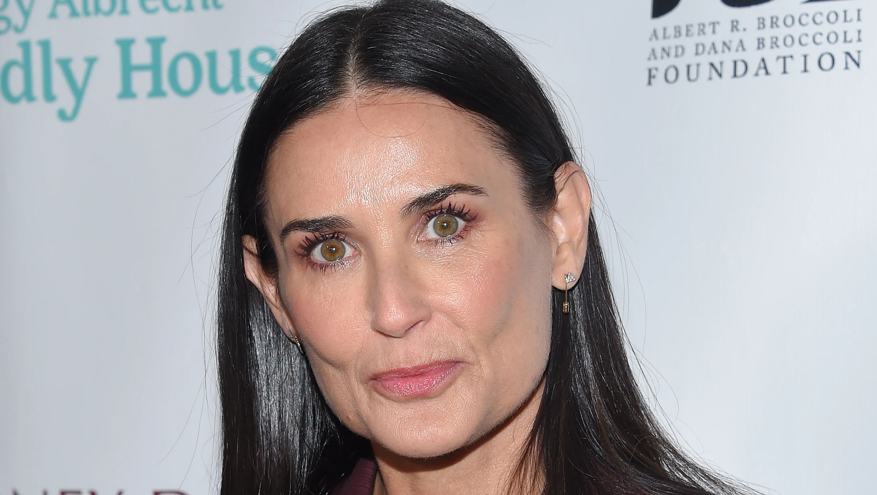 Demi Moore up close on the red carpet