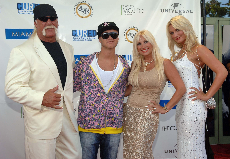Hulk Hogan and family