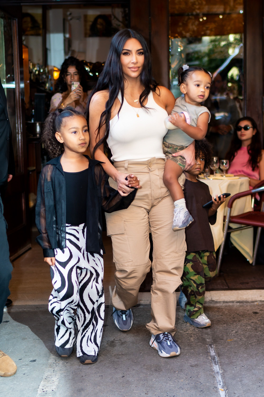 Kim Kardashian Calls Daughter Chicago Her Smart Sassy And Silly
