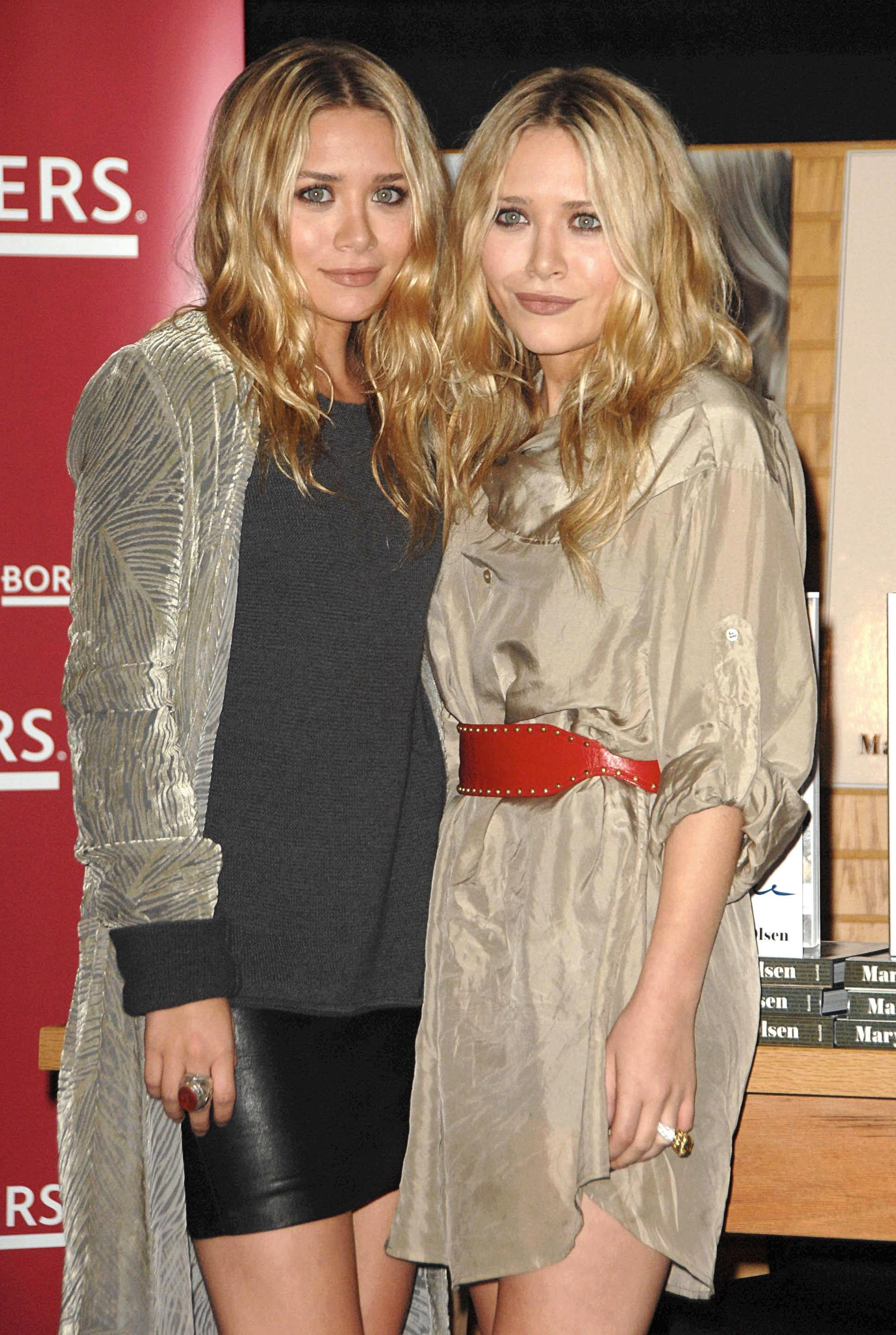 Mary-Kate and Ashley Olsen at an event
