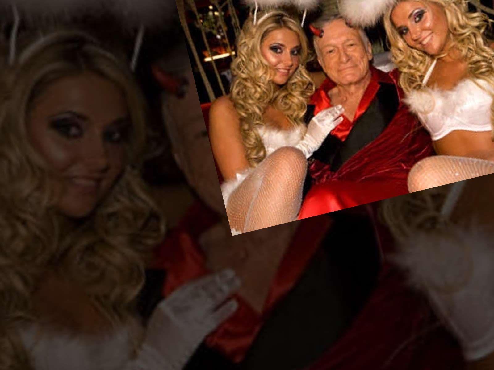 Hugh Hefner's twin girlfriends leave the mansion |Hugh Hefner Twin Girlfriends
