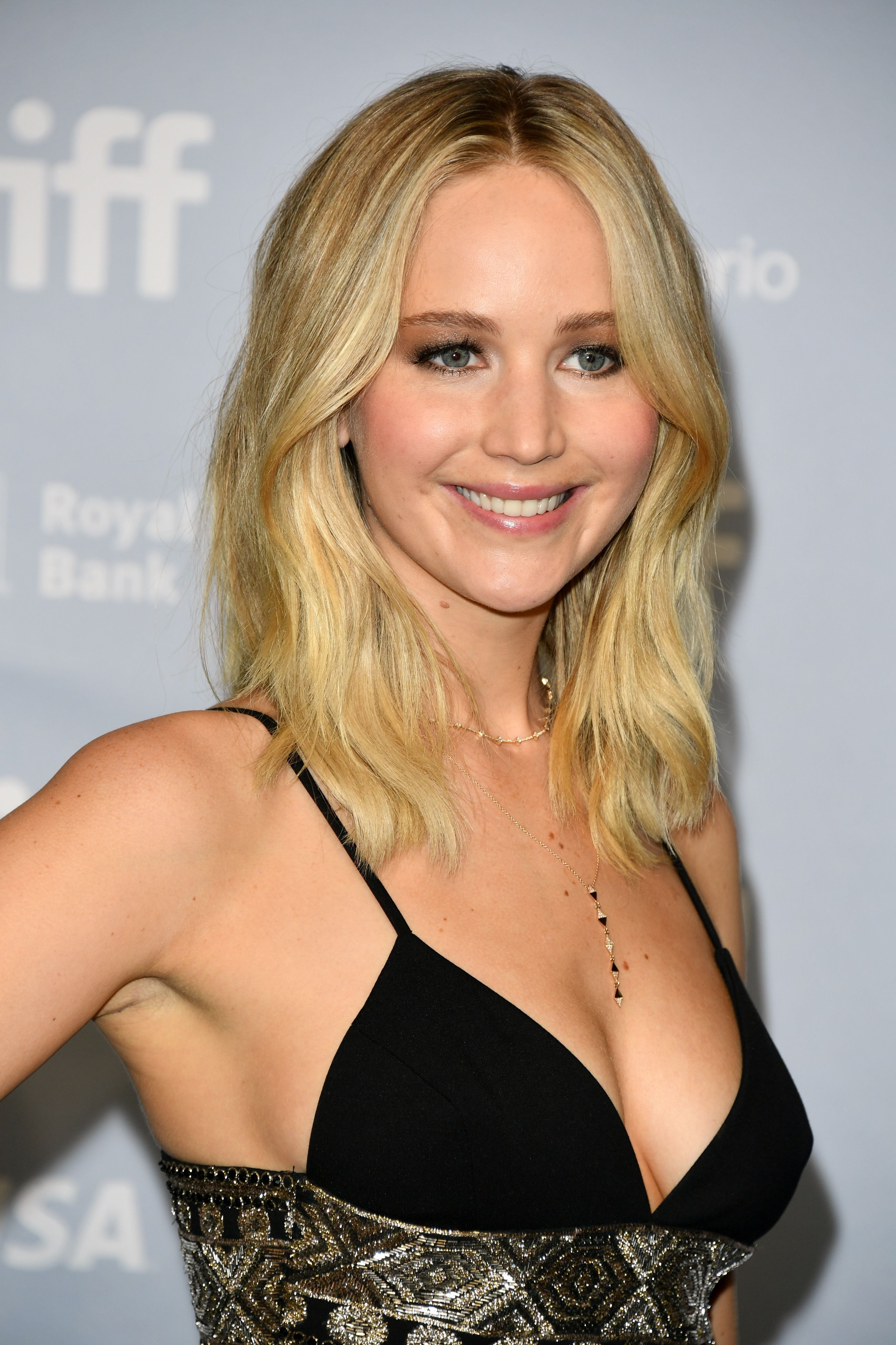 7+ Things To Know About Jennifer Lawrence And Cooke ...