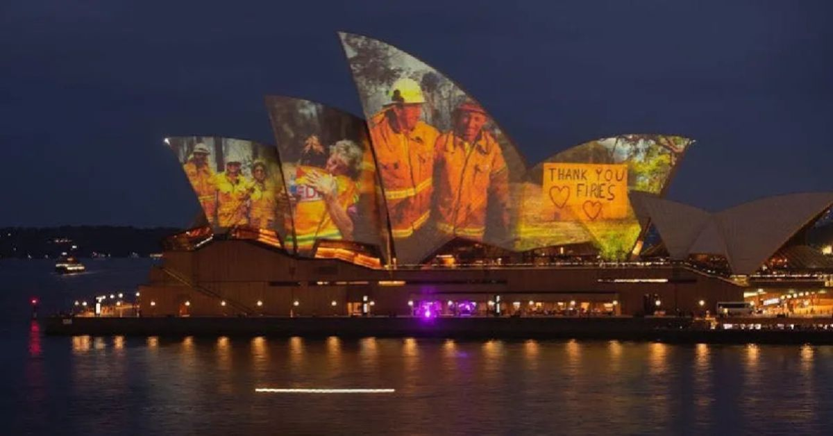 TFV1eXQ1aExKQ1g3bHBsRExVNmcuanBn - Get Sydney Opera House Firefighters Image  Pictures