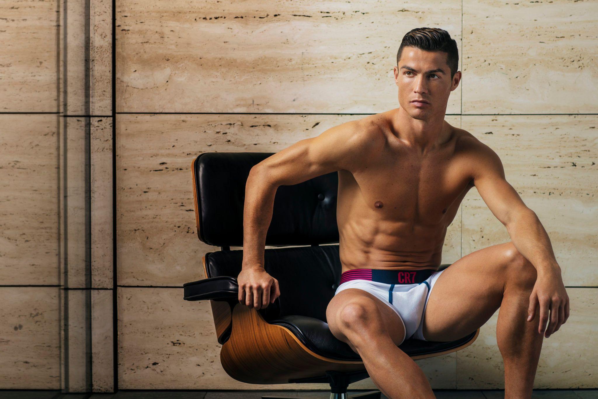 Cristiano Ronaldo Sprung
