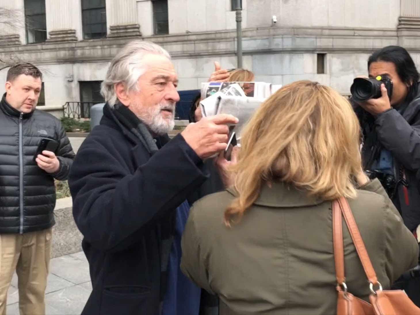 Robert De Niro Goes Off on Driver Outside of Divorce Court ...